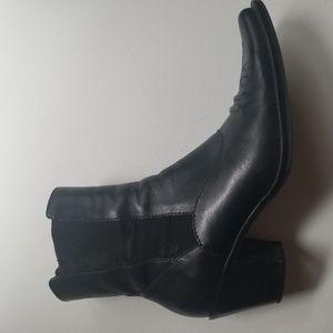 Franco Sarto Franco Sarto black leather low